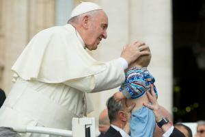 Pope Francis Kisses Paul, the Baby-Member of ProRome!